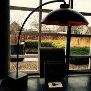 Lamp met verwarmingselement